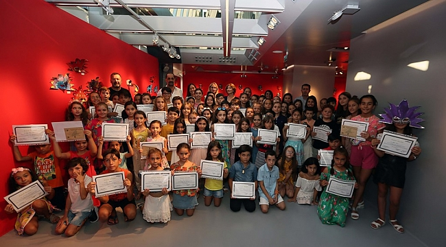 Folkart Gallery'de 750 Çocuğa Sanat Öğretildi