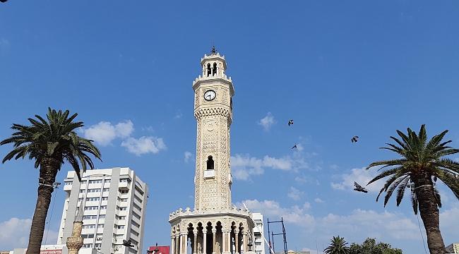İzmir'de Kira Fiyatları Gibi Ödenen Aidat Ücretleri