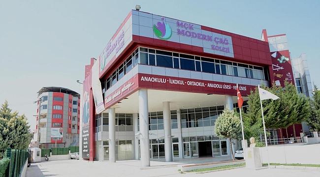Modern Çağ Koleji Yeniliklerle Kapılarını Açıyor