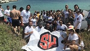 Shall We Aktivite Arkadaşları, Foça'da Doğa Temizliği Yaptı