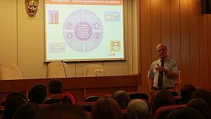 İzmir'de Dijital Tarım Sistemleri Konuşuldu