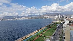İzmir'de İnşa Edilen 100 Konuttan Sadece 65'i Satılabildi