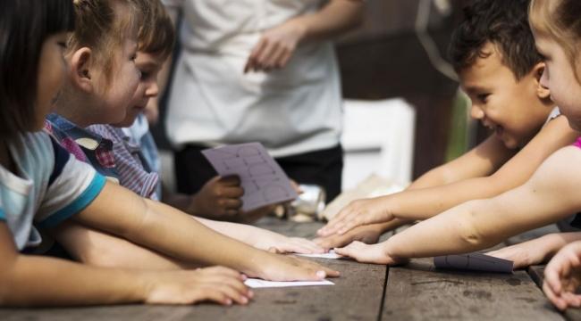 'Sosyal Medya'da Vakit Harcayacağınıza, Çocuklarınız İle Oyun Oynayın'