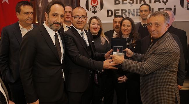 Beşiktaş Başkanı Çebi Egeli Kartallarla Buluştu