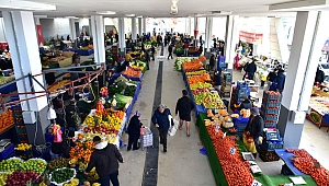 """Bornova'da """"Pazar Ekonomisi"""" 16 Milyon TL'lik Hacim Oluşturdu"""