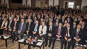 İzmir'de Ekonominin Yıldızları Ödüllerini Aldı