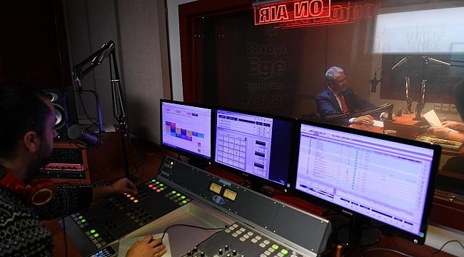 Radyo, Günümüzde En Önemli Bir İletişim Araçlarından Birisi