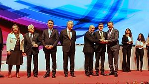 Yaşar Topluluğu Ödülleri Topladı
