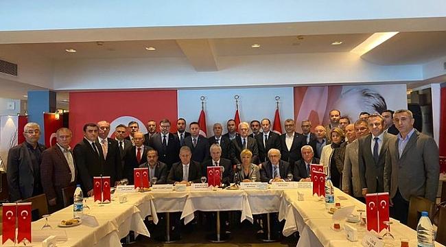 İzmir İş Dünyasından Mehmetçiğe Güçlü Destek