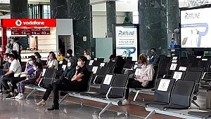 İzmir Adnan Menderes'te Uçuşlar Sorunsuz Yürüyor