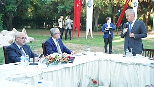 İzmir İş Dünyası Ege Üniversitesinde Buluştu