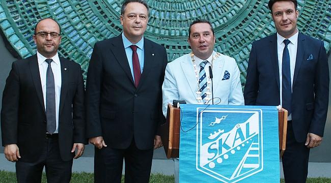 İzmir Skal Kulubü, Dünyanın En İyisi Finalinde