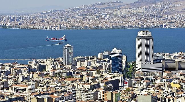 İzmir'de Artan Trafik Endişe Verici Boyutlarda