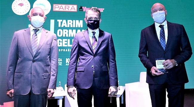 Kibar Holding'e Akıllı Tarım Ödülü