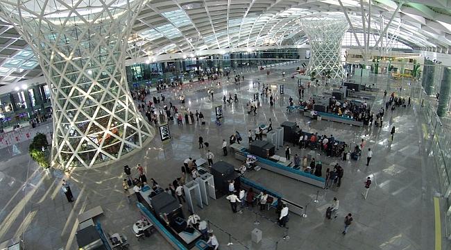 İzmir Adnan Menderes Havalimanına ACI Sertifikası