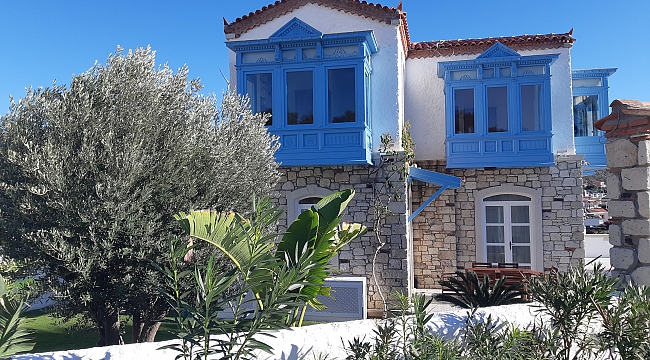 Orijinal Mimari, Deniz Manzaralı Malikane