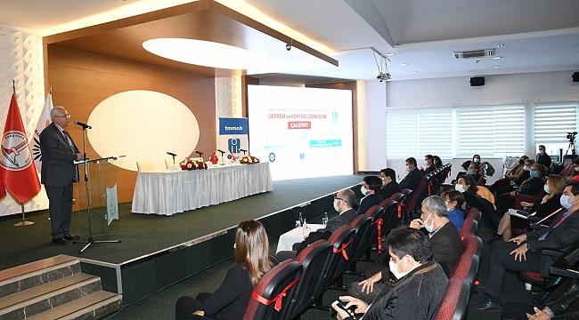 İzmir'de Kentsel Dönüşüm Çalıştayı