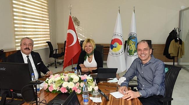 İzmir Ticaret Borsası Meclisinde Akıllı Tarım Konuşuldu