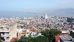 İzmir'de 1,7 milyon kişi riskli konutlarda yaşıyor